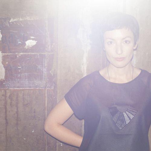 Cover for artist: Luna Semara