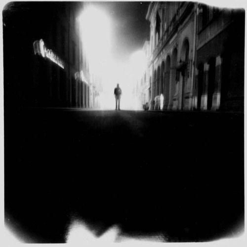 Foto di Walking Shadow