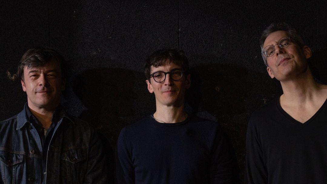 A la ligne - Michel Cloup duo & Pascal Bouaziz + Coddiwomple - à l'espace des arts event cover
