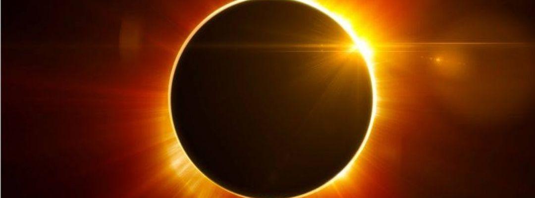 Lattexplus pres. Eclissi lunare w/ Marcolino Ultrasuoni-Eventplakat