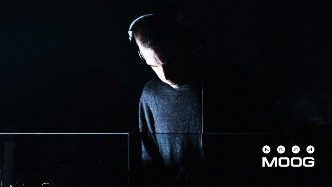 Capa do evento MOOG DJs: UROZ