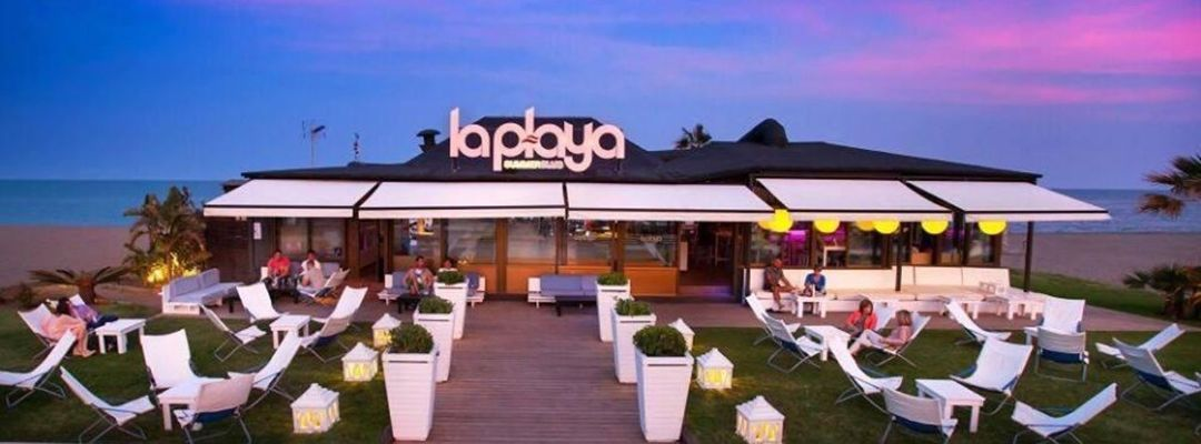 Sábados|| La Playa Summer Club-Eventplakat